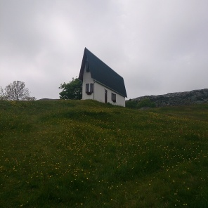 Narrow House av Erwin Wurm