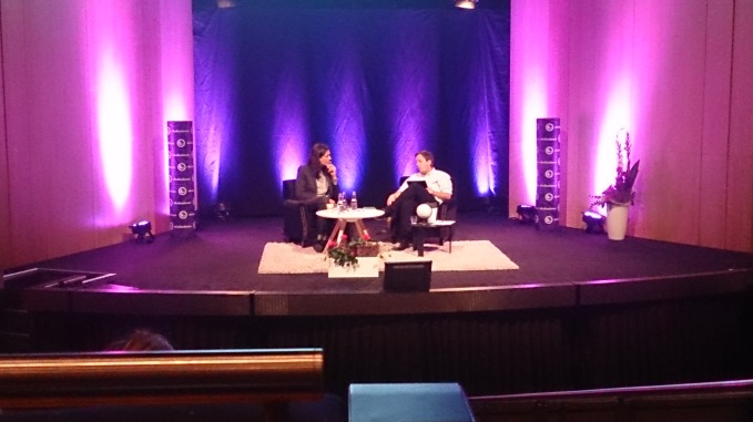 Jonas Hassen Khemiri i samtal med Eric Schüldt. Mycket intressant och personligt.