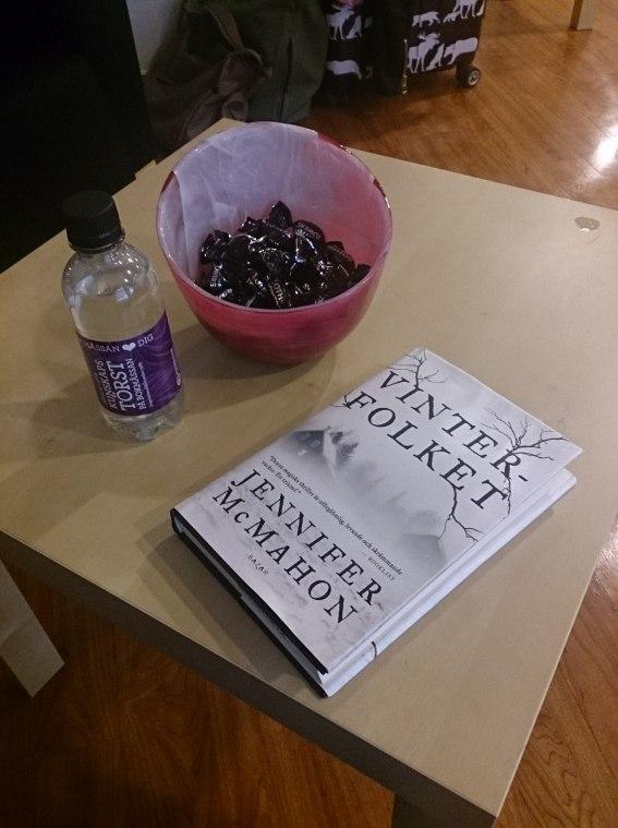 Söndagen tillbringades i bokbloggarrummet