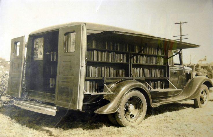 The Jefferson County bookmobile - möjligtvis en liknande den som besökte barnhemmet